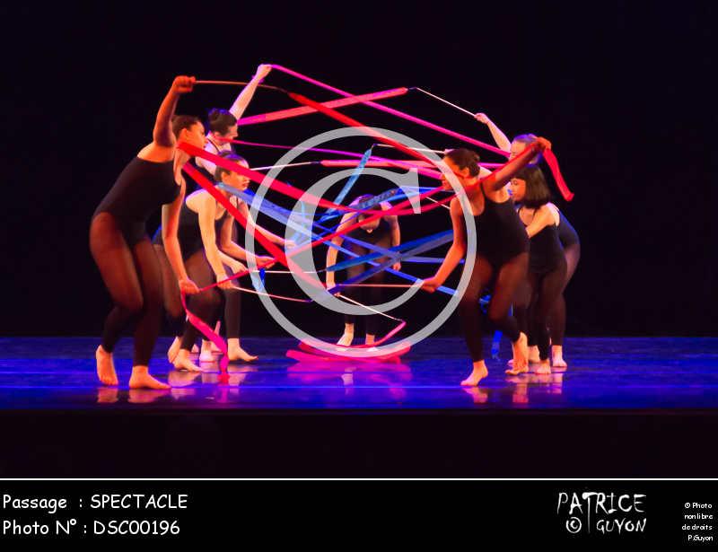 SPECTACLE-DSC00196