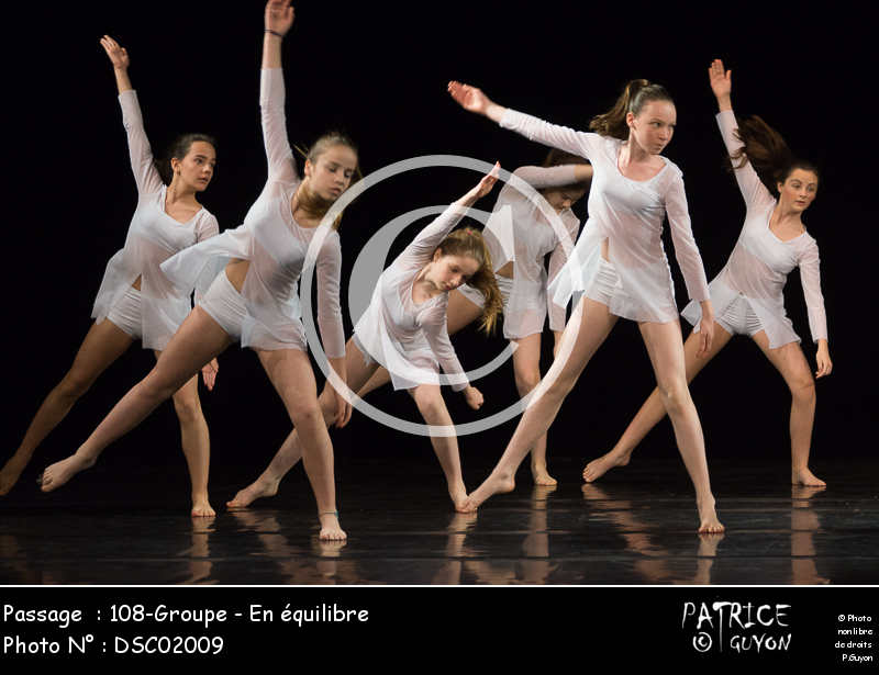108-Groupe_-_En_équilibre-DSC02009