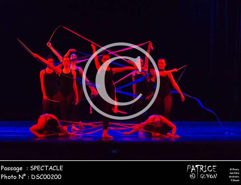 SPECTACLE-DSC00200