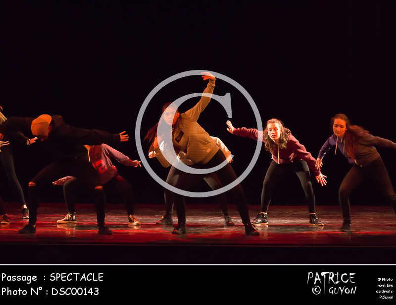 SPECTACLE-DSC00143