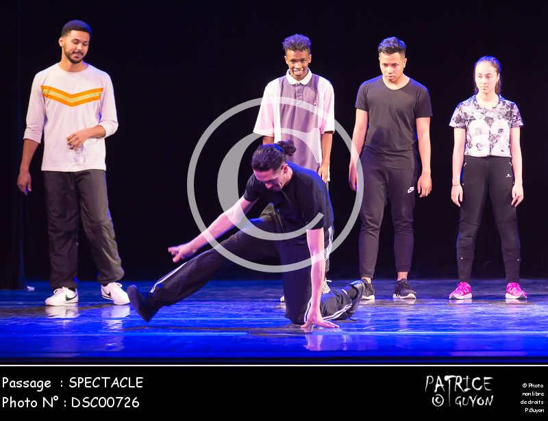 SPECTACLE-DSC00726