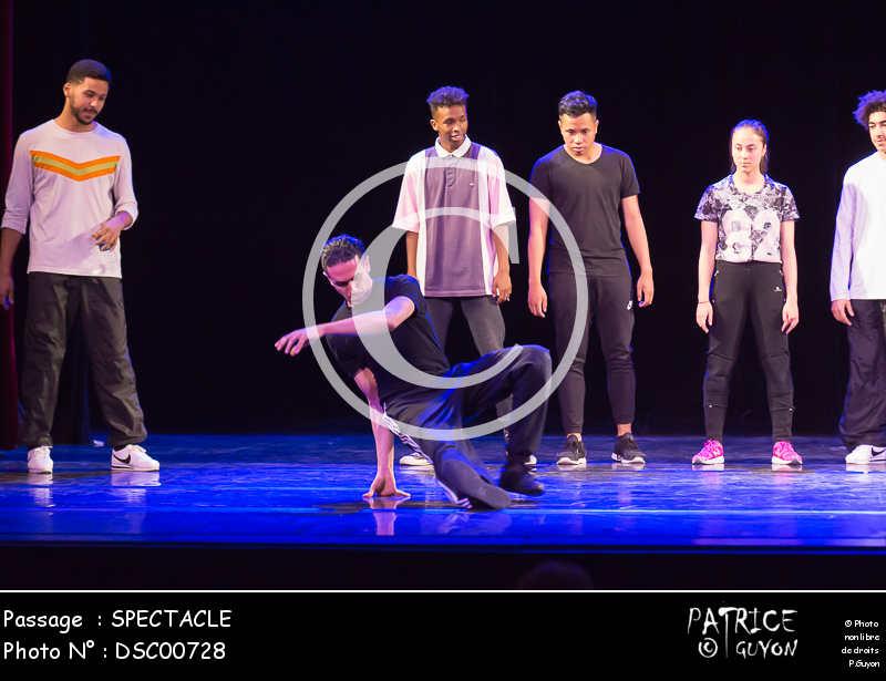 SPECTACLE-DSC00728