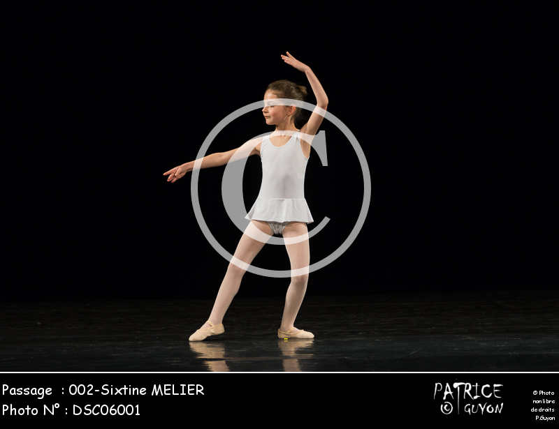 002-Sixtine MELIER-DSC06001