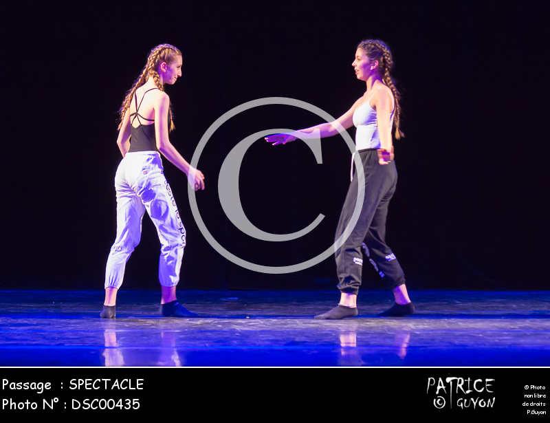 SPECTACLE-DSC00435