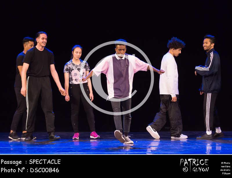 SPECTACLE-DSC00846