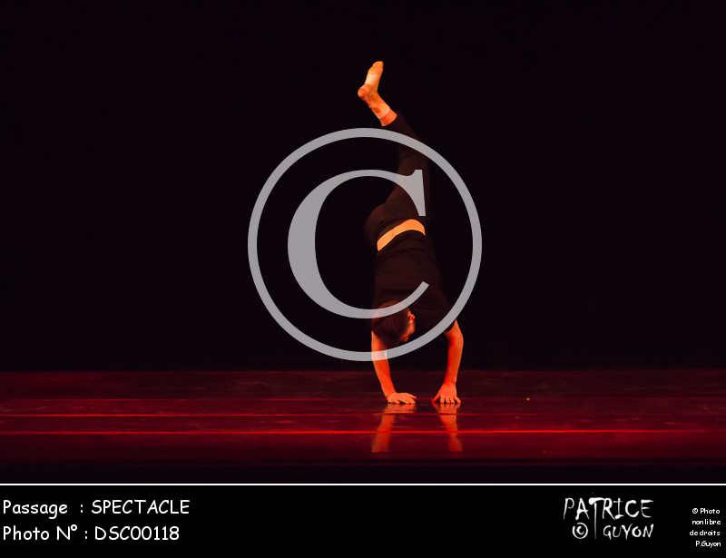 SPECTACLE-DSC00118