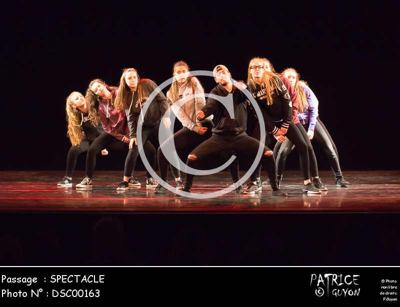 SPECTACLE-DSC00163