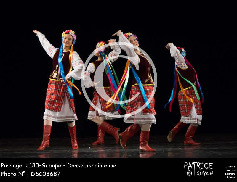 130-Groupe - Danse ukrainienne-DSC03687