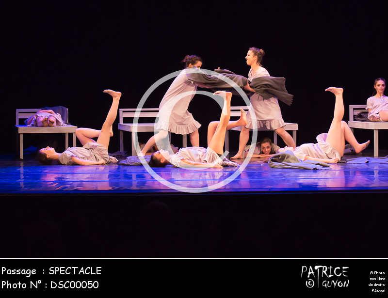 SPECTACLE-DSC00050