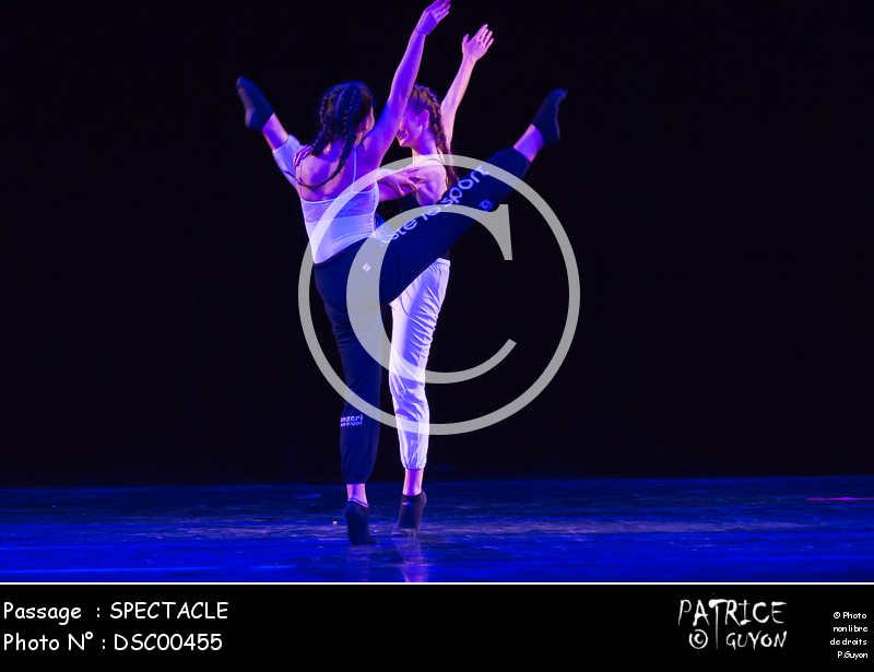 SPECTACLE-DSC00455