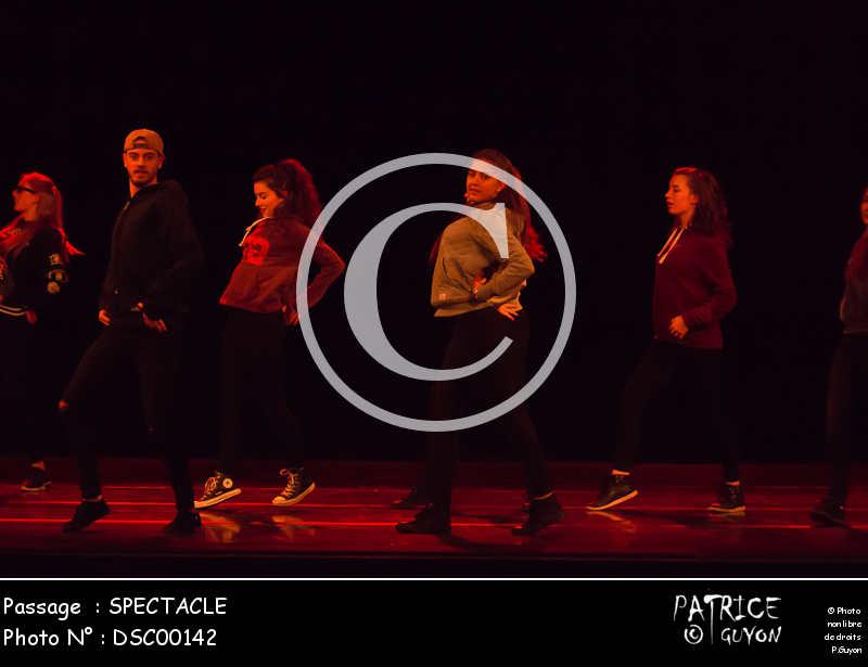 SPECTACLE-DSC00142