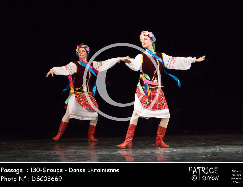130-Groupe - Danse ukrainienne-DSC03669