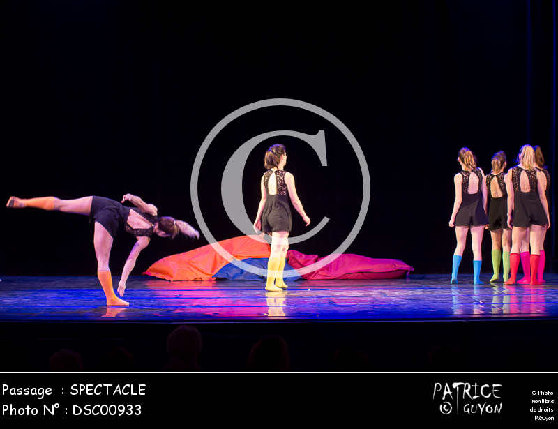 SPECTACLE-DSC00933
