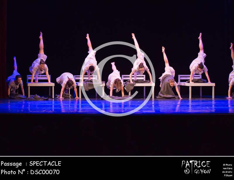 SPECTACLE-DSC00070