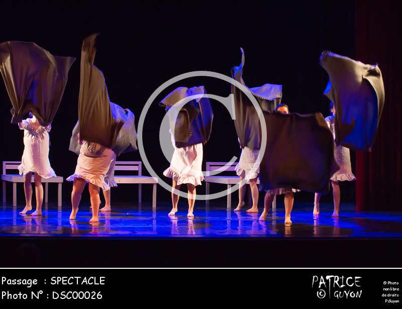 SPECTACLE-DSC00026