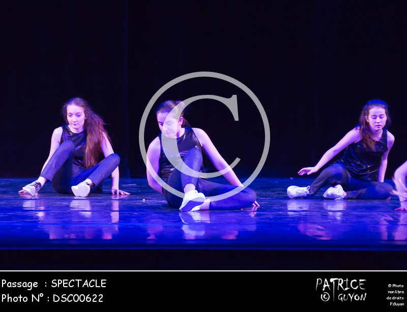 SPECTACLE-DSC00622