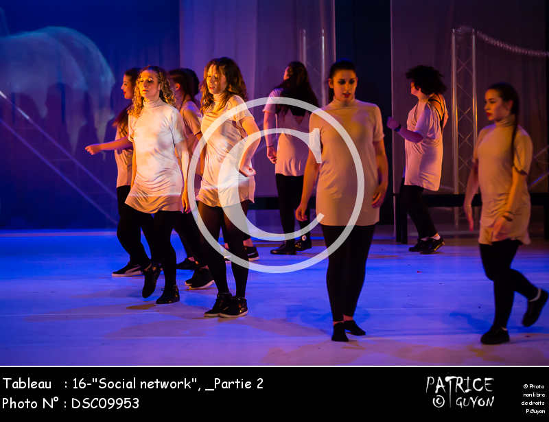 _Partie 2, 16--Social network--DSC09953