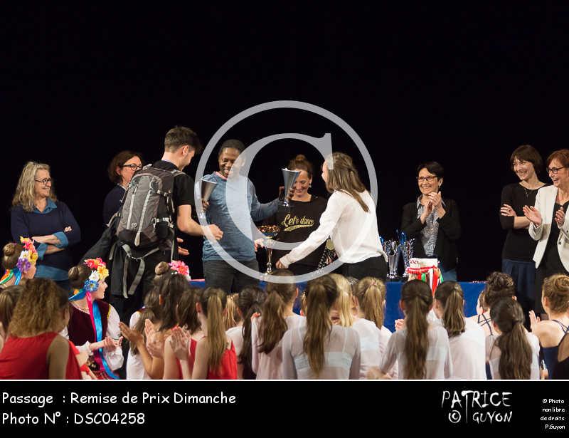 Remise de Prix Dimanche-DSC04258