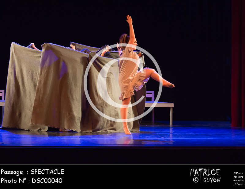 SPECTACLE-DSC00040