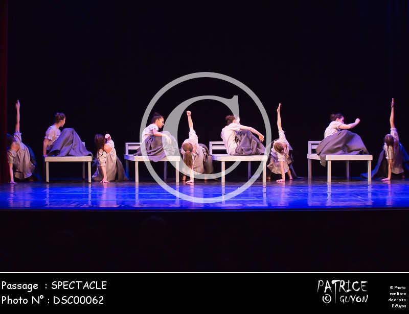 SPECTACLE-DSC00062