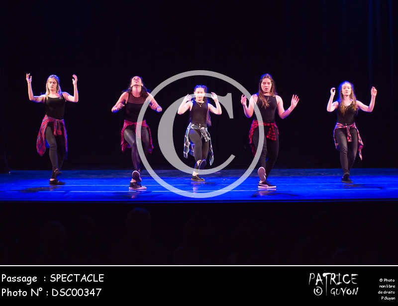 SPECTACLE-DSC00347