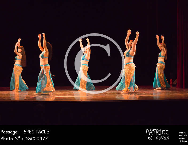 SPECTACLE-DSC00472