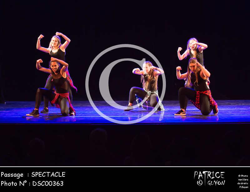 SPECTACLE-DSC00363