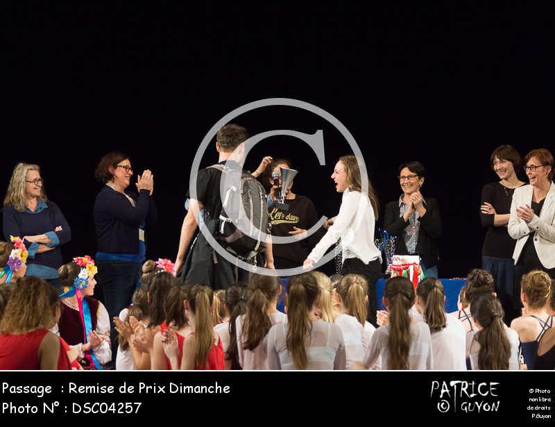 Remise de Prix Dimanche-DSC04257