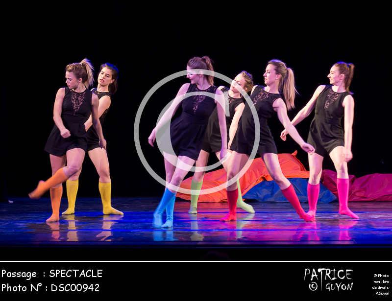 SPECTACLE-DSC00942