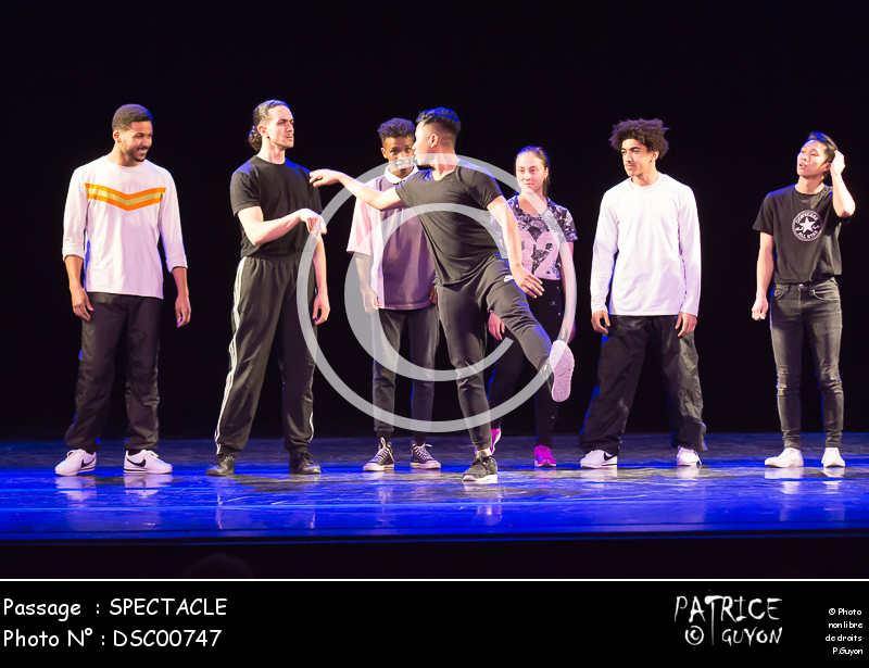 SPECTACLE-DSC00747