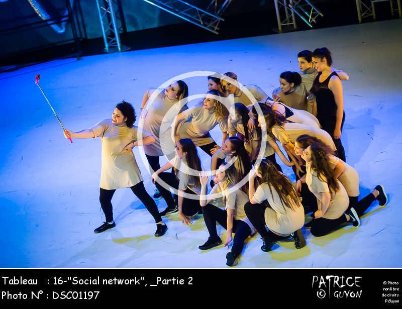 _Partie 2, 16--Social network--DSC01197