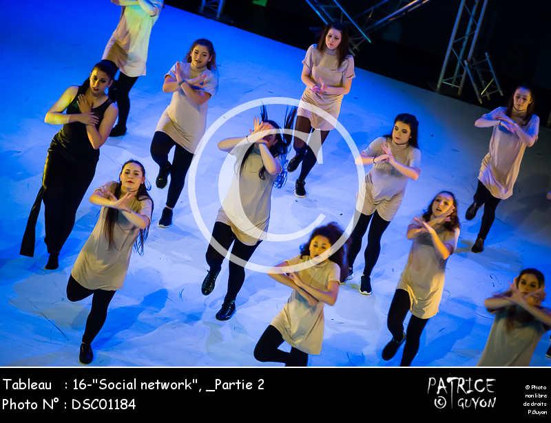 _Partie 2, 16--Social network--DSC01184