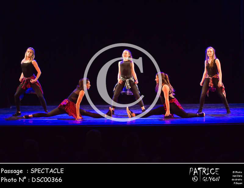 SPECTACLE-DSC00366