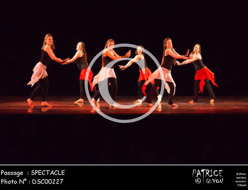 SPECTACLE-DSC00227