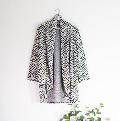 Supersoft Free Size Zebra Jacket with Pockets
