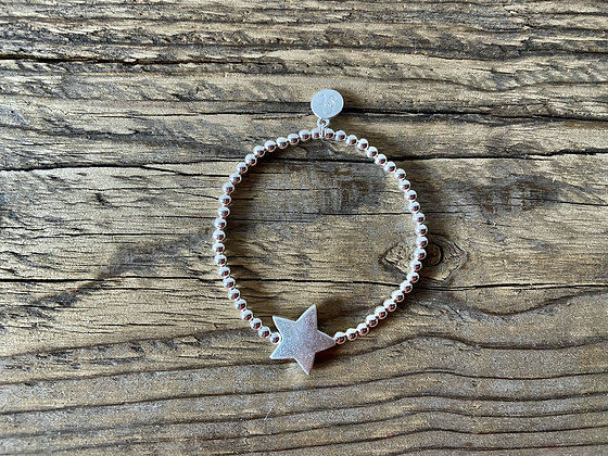 Stretchy Beaded Star Bracelet