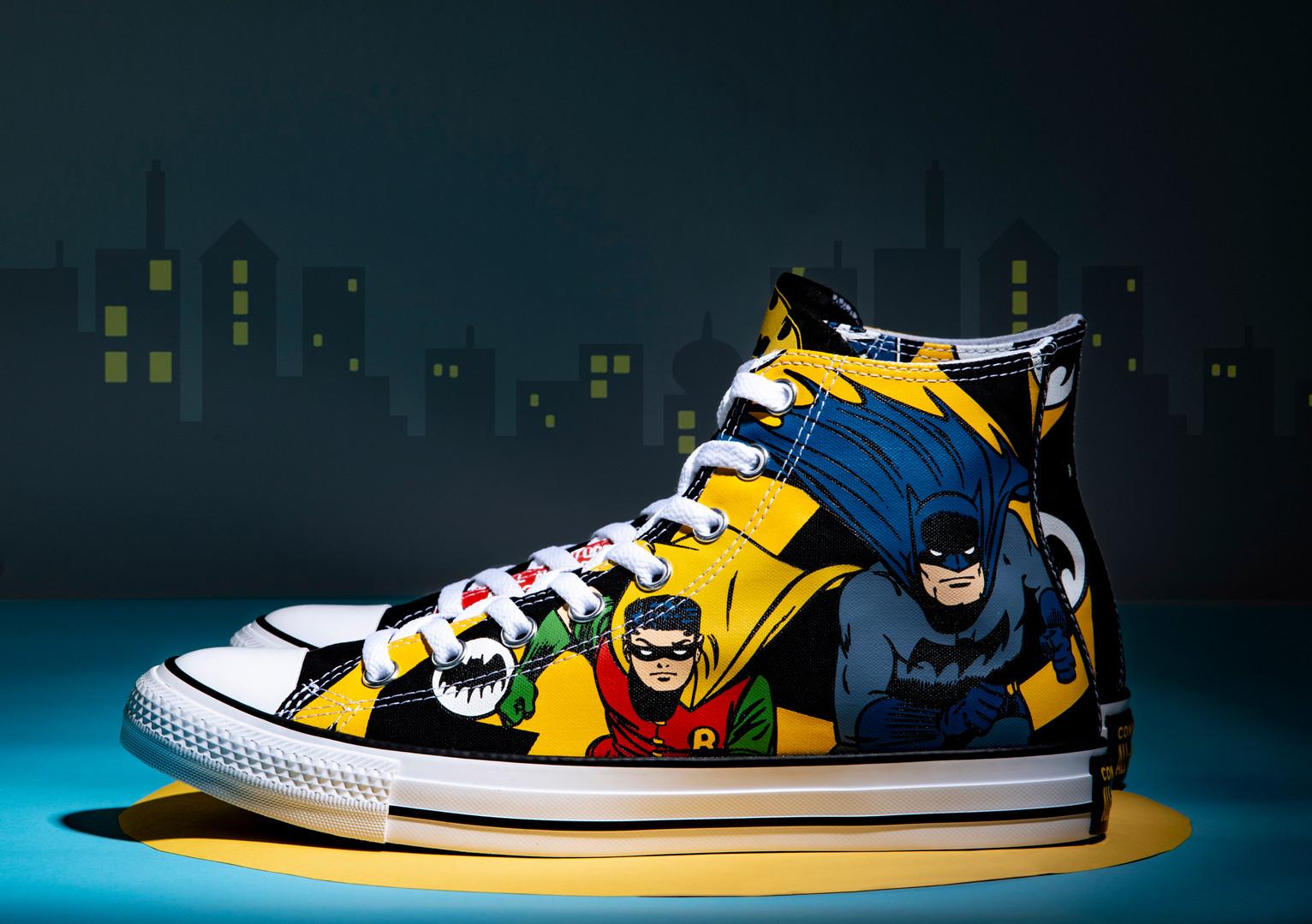 Batman Converse 1.jpg