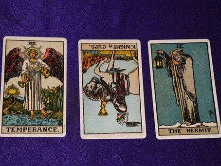 Should You Use Reversed Tarot Cards?