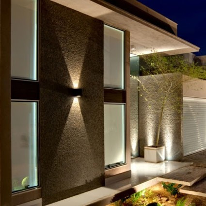 Kültéri világítás: hívogató fények - homlokzatvilágítás