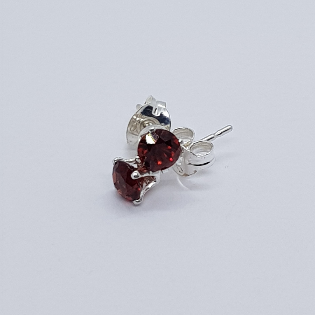 Round Faceted Sterling Silver Garnet Studs