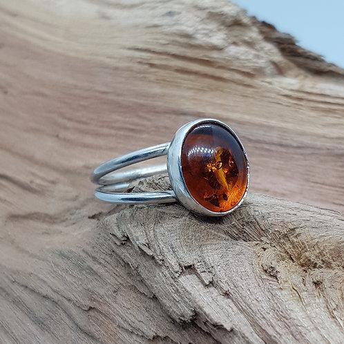 Oval Amber Split Shank Ring