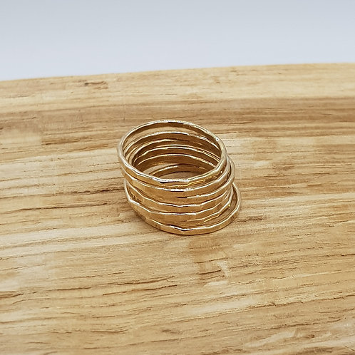 Skinny Hammered Gold Stackable Ring / Midi Ring / Stacking Ring