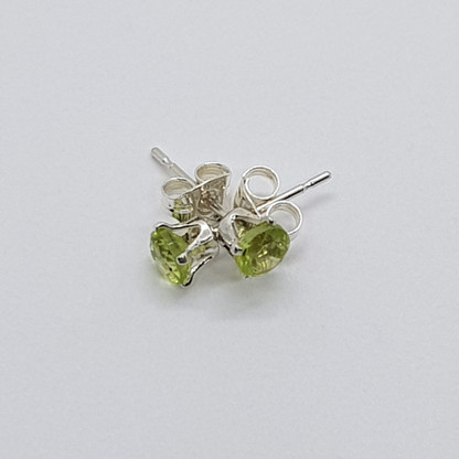 Round Faceted Sterling Silver Peridot Studs