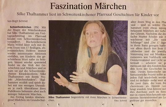Märchenerzählerin Silke Thalhammer im Pfarrsaal Schweitenkirche
