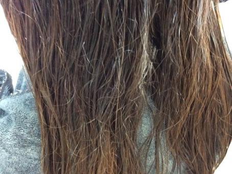 髪のお手入れの仕方は、優しく優しくです!