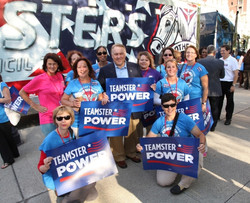 Teamsters Rally for Gov. Quinn