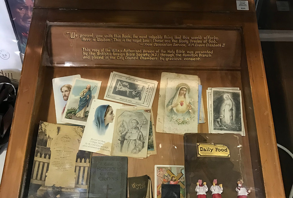 Vintage Bible Case & Ephemera