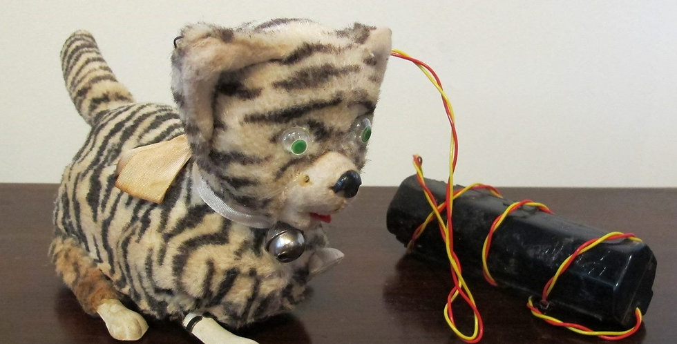 Vintage Cute Cat Battery Operated Toy