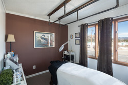 spa treatment room photo