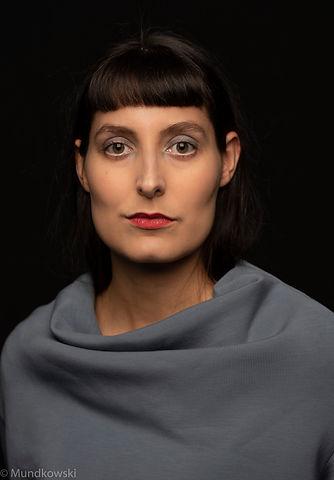 (c) Dennis Mundkowski: Porträt von der freien Regisseurin Maria Isabel Hagen